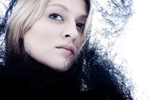 portretfoto van meisje tijdens studioshoot
